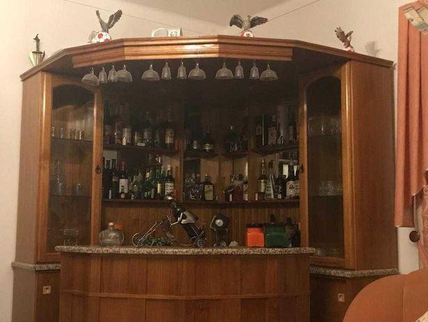 Móvel Bar de canto