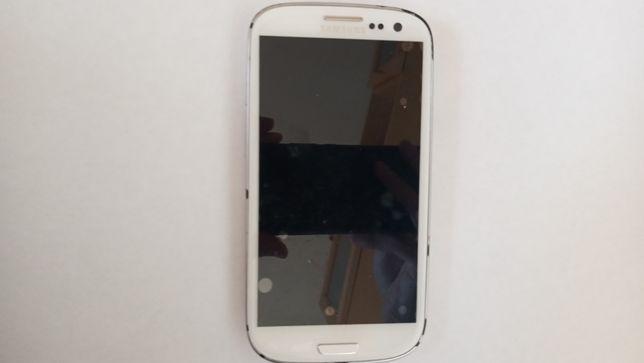 Samsung Galaxy S3 Neo + etui + karta Micro SD 8 GB