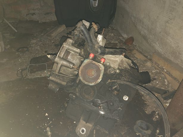 Коробка передач автомат  ZF 4HP-14