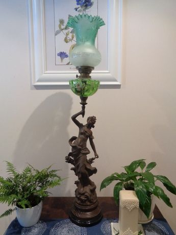 Lampa naftowa figuralna antyki Francja