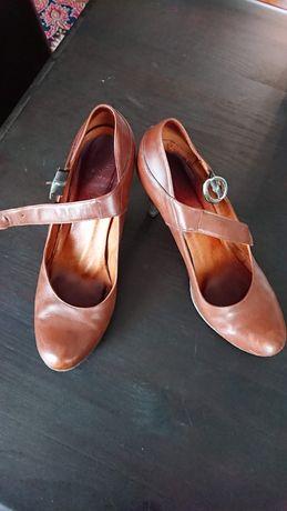 Czółenka buty na obcasie ze skóry naturalnej jasny brąz Żurek r. 40
