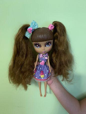 Кукла интересная