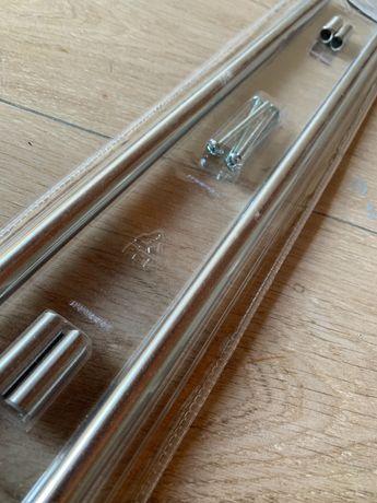 Puxadores prateados Ikea