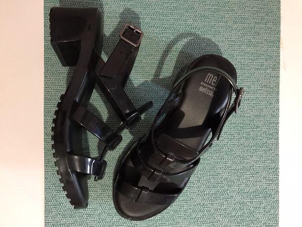 Новые босоножки бренда Melissa, 34 р. Оригинал!!! Zara, Crocs, H&M