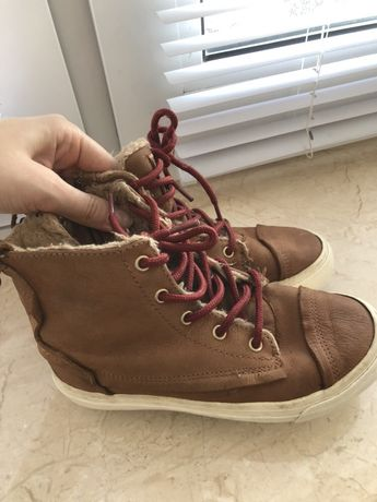 Ботинки,кеды Zara