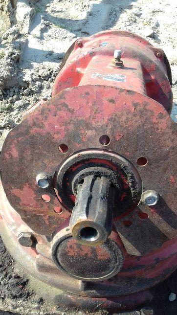 Przekładnia oś wałek koło zębate agregat brona wirowa KUHN HR 4500