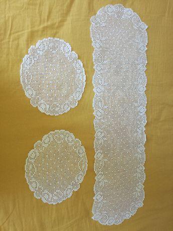2 Conjuntos de Naperons em crochet