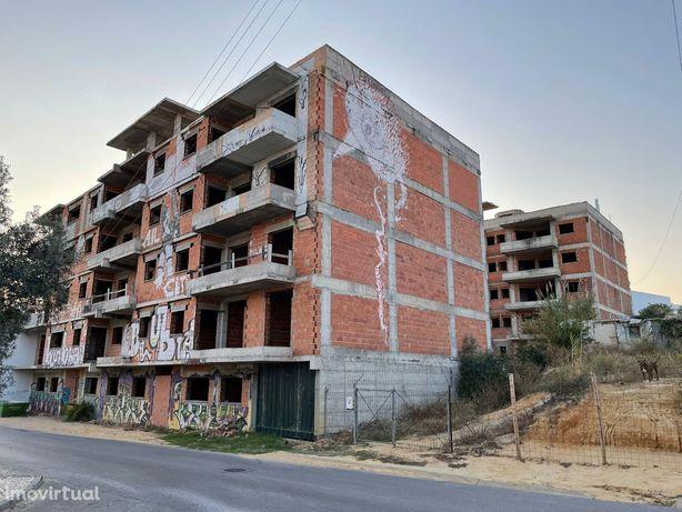 Apartamento T2 Novo Com Piscina E Estacionamento - OLHÃO
