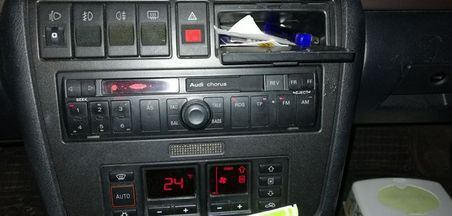 Radio samochodowe Audi