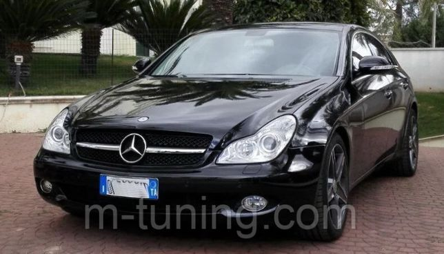 Решетка радиатора Mercedes CLS W219 W218 стиль AMG GT решітка 219