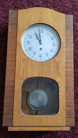 Винтажные настенные часы с боем СССР