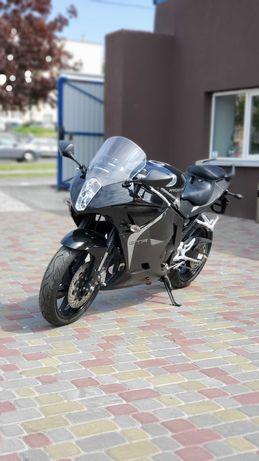 Мотоцикл Hyosung GT250R EFI,спортбайк, байк,