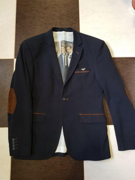 Чоловічий піджак Emporio Armani