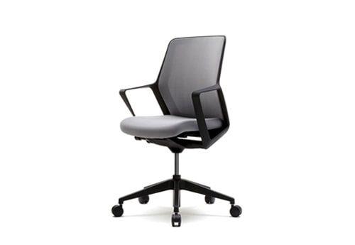 Продам офисное кресло (новое)