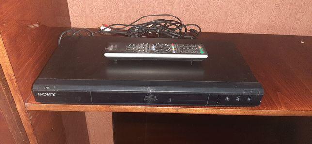 Продам DVD плеер Sony