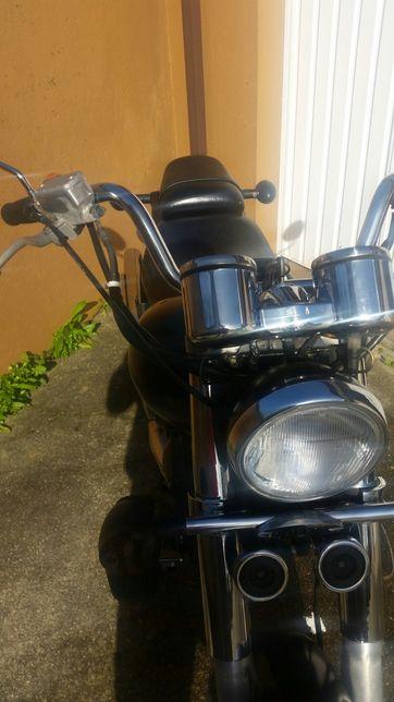 Moto 125 centímetros cúbicos