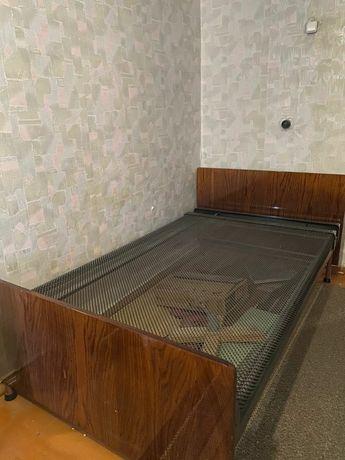 Продам кровать, отличный вариант для дачи.