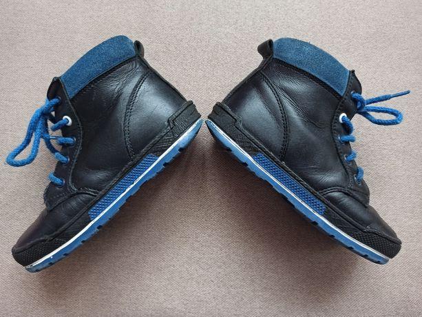Срочно!Bartek демисезонные ботинки 26 размер 16.5 17 см стелька