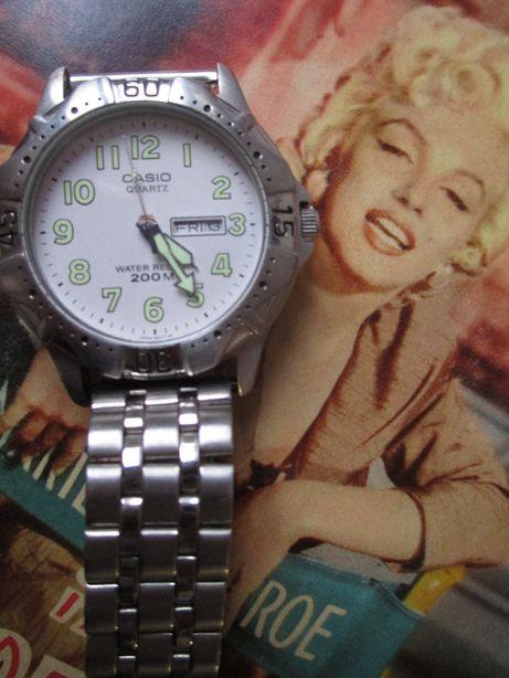 Casio MTD-1001 c/ a bracelete original. Raro. 200M.