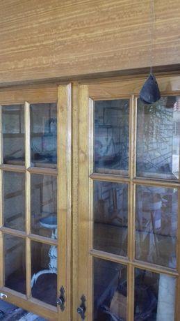 Móveis de cozinha em madeira