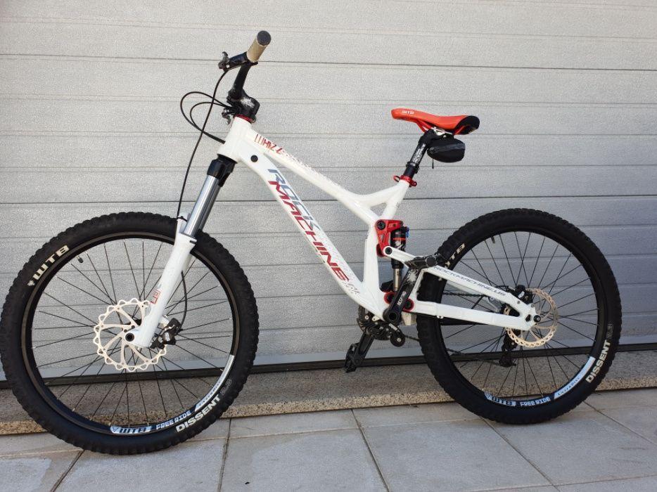 Vendo bicicleta Downhill Rock Machine Whizz