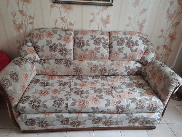Комплект м'яких меблів( диван + 2 крісла)