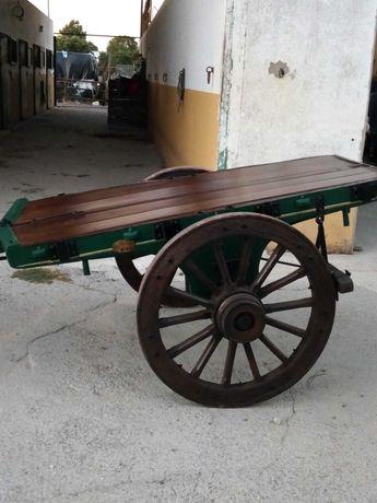 Carro de bois antigo