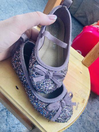Продам туфли, туфельки, балетки
