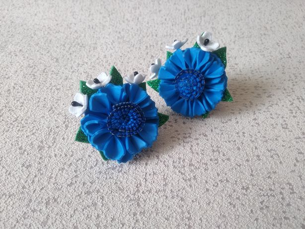 Цветочки на резинке для волос