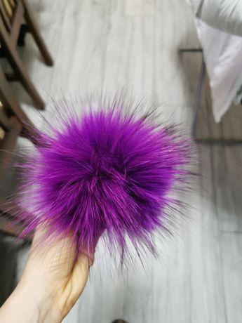 pompon z futra Lisa do czapki kolorowe naturalne