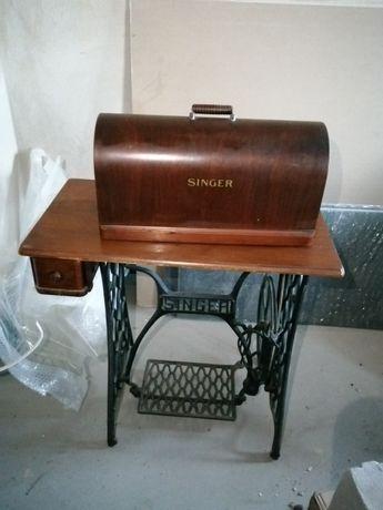 Sprzedam maszynę do szycia SINGER SPRAWNA stan bardzo dobry