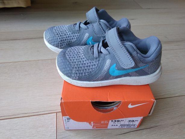 Buciki dziecięce, buty Nike 23,5