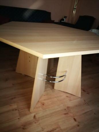 Stół i krzesla