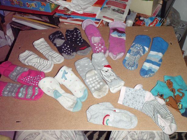 Skarpety dla dzieci 10 par 2-4 lat: 7x antypoślizgowe