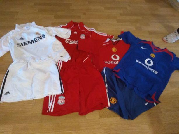 Koszulki i spodenki treningowe