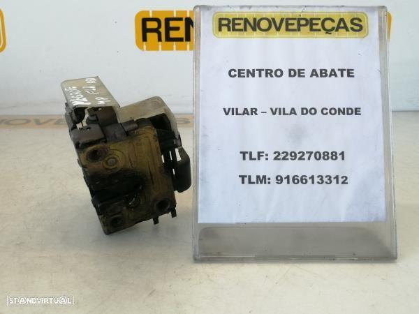 Fecho Da Porta Frente Dto Renault Megane I (Ba0/1_)