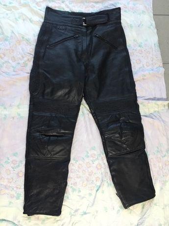 Spodnie skórzane dziecięce 9-10 lat ,motor ,skuter ,quad