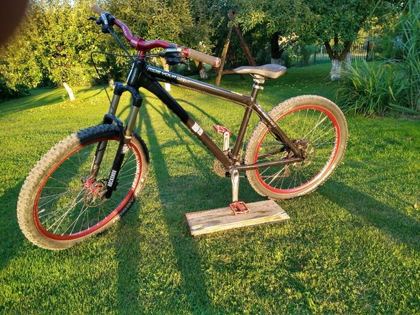 Rower MTB Freeride Downhill Dirt - Dartmoor Hornet