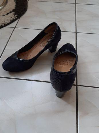 Buty i sandały damskie