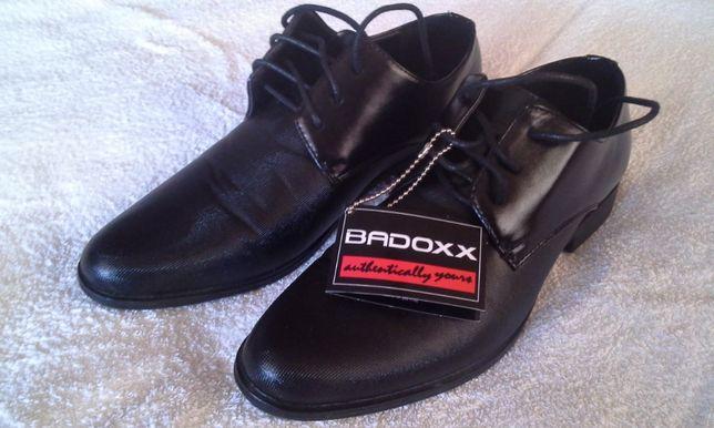 Buty Badoxx rozm. 39