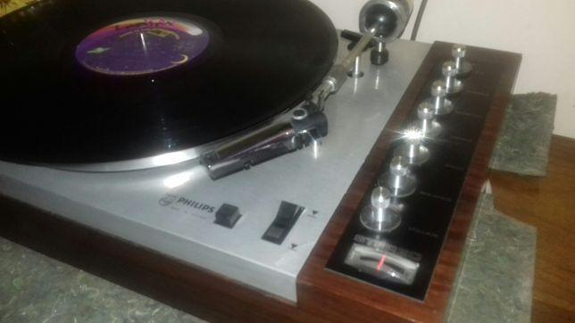 Gramofon Philips 417