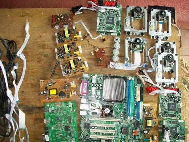 Płytka elektroniczna, układy do demontażu