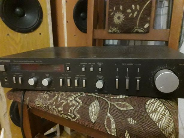 Усилитель звука  technics su-z22