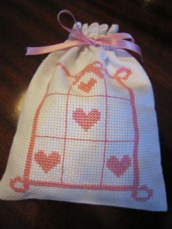 Sacos de decorativos / alfazema, bordados à mão em ponto cruz