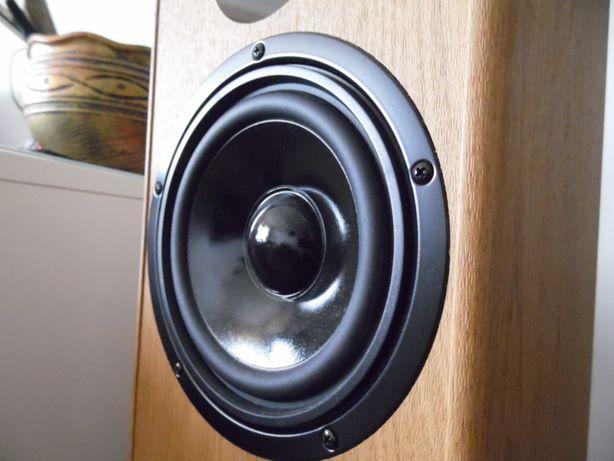 Izolacja hałasu, wyciszenie pomieszczeń, maszyn, akustyka budowlana
