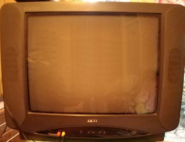 Цветной Телевизор AKAI в рабочем состоянии