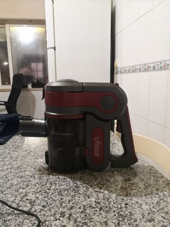 Vendo aspirador para peças UFESA model: AE4622