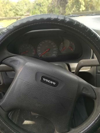 Volvo v s40 azul escuro