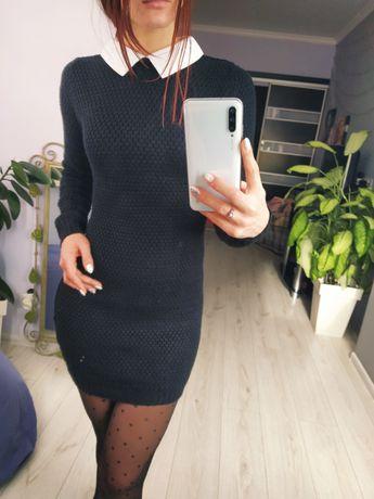 Чорное / изумрудное платье по фигуре вязаное с белым воротничком