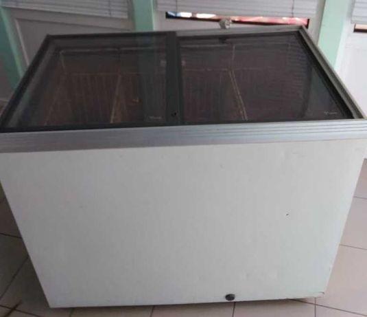 Морозильный ларь-витрина 400 л
